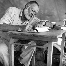 https://artecienciaycultura.files.wordpress.com/2010/07/ernest-hemingway2.jpg?w=297